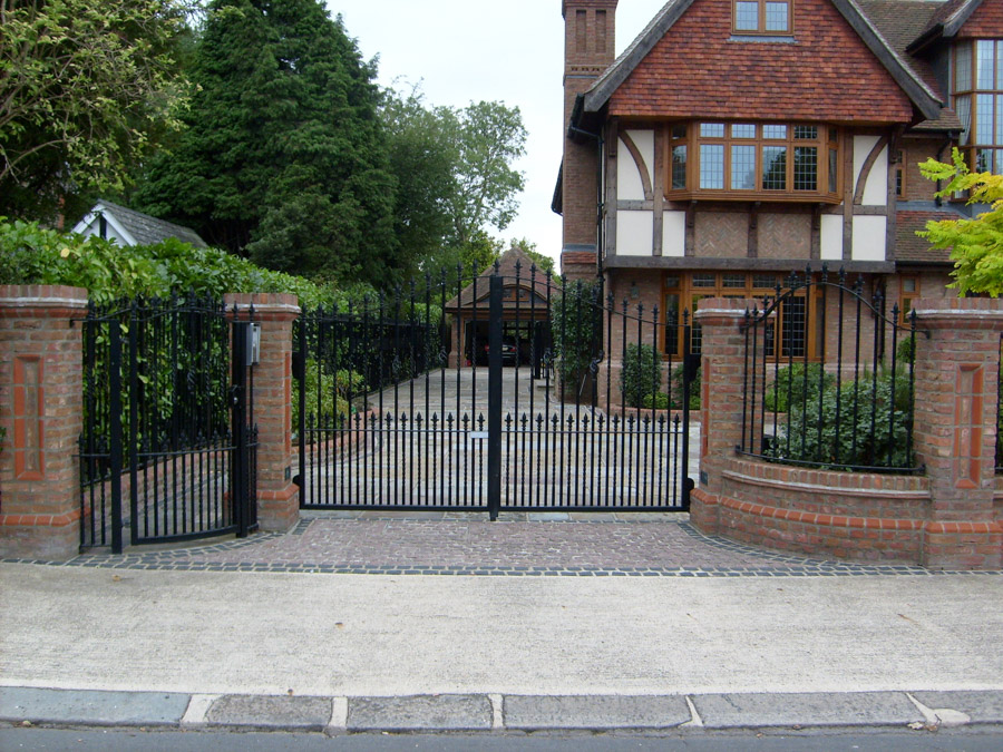 Northwood Classic steel metal gates