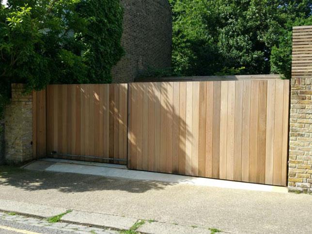 double-slider-gate-Kilburn